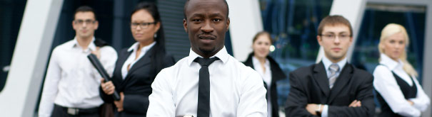 Hacer carrera en conjunto con sus colegas. Revise el derecho laboral, el salario y consejos de carrera en Tusalario - Elsalario